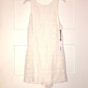 NWT BB Dakota white lace romper